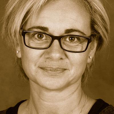 Mme Sandrine Beeckaert
